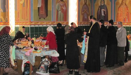 Kirkossa Moldovassa b